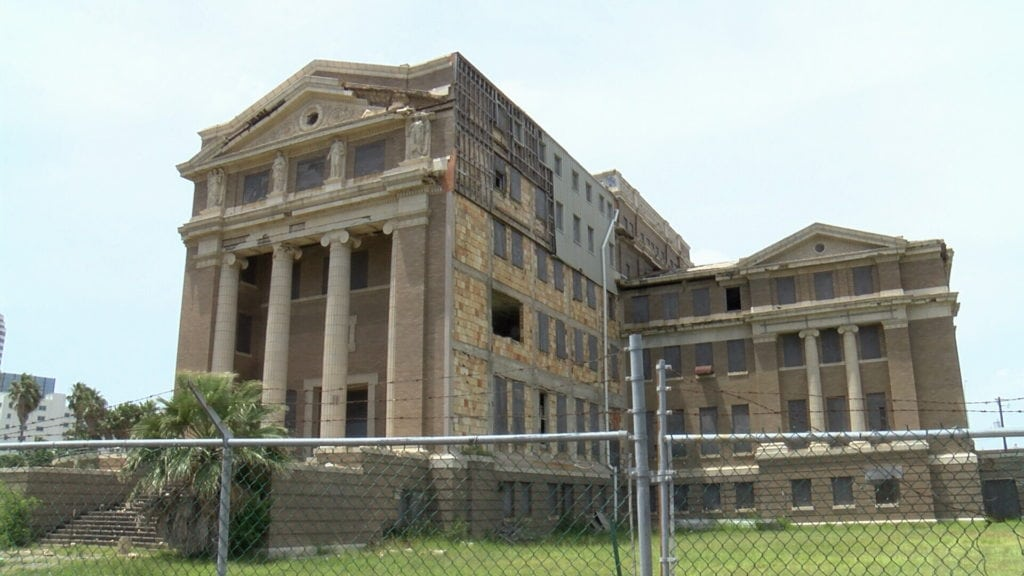County Commissioners pulled out of a deal to sell the old county courthouse Monday, leaving the building's future in doubt.