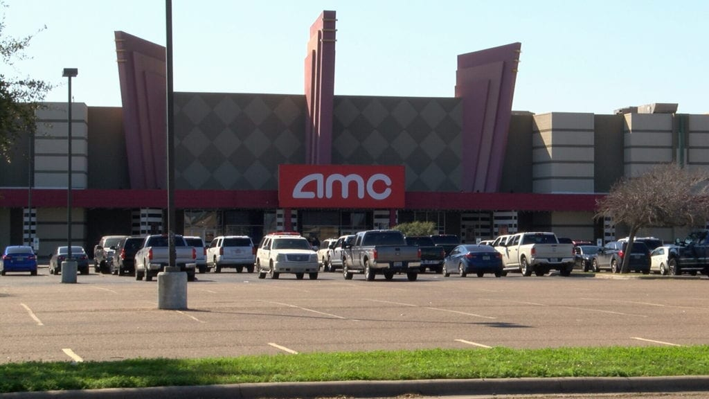 New photo of mouse inside AMC Cinema complex raises concerns